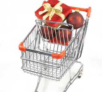 30966389-christmas-shopping-1443726.jpg